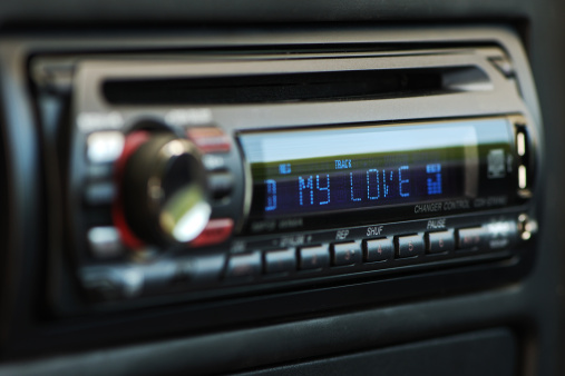 IN CAR ENTERTAINMENT 2