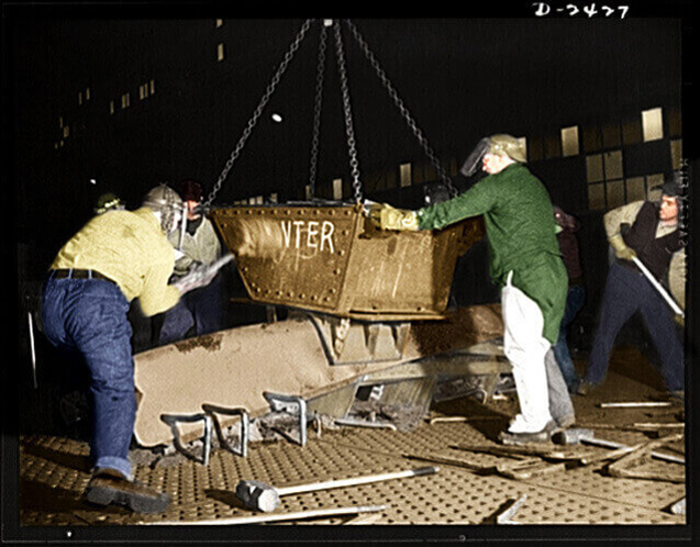 Liberty-Fleet-Shipbuilding-1941-LC-USE6-D-002427-Post(1)