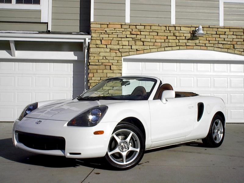2003 Toyota MR2