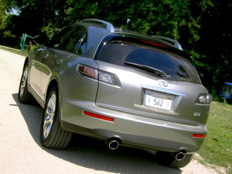 2011 INFINITI FX35