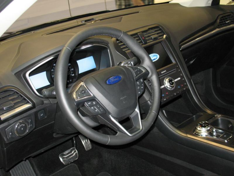 0 Ford Fusion