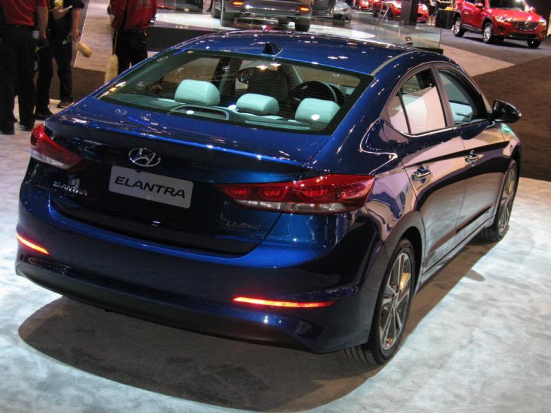 0 Hyundai Elantra