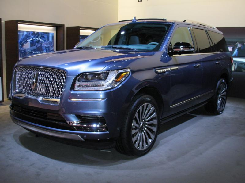2017 LINCOLN NAVIGATOR SELECT