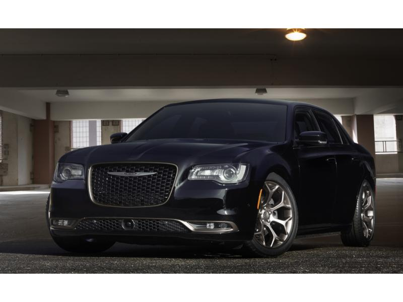 2011 CHRYSLER 300 C