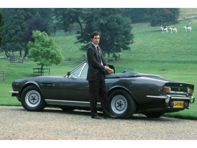 Bond's Best Cars: Aston Martin V8 Vantage Volante