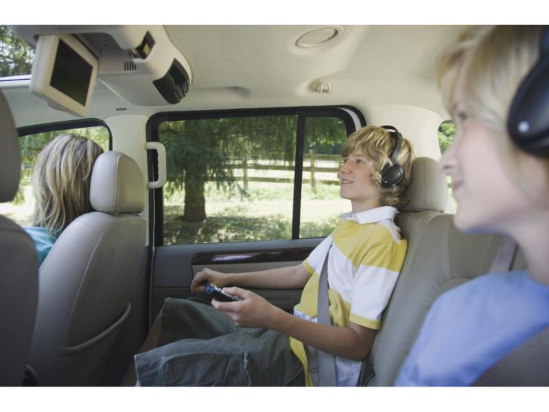 Gizmos & Gadgets: The Evolution of In-Car Entertainment – Part III