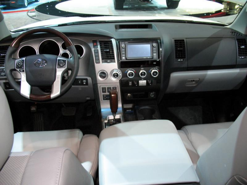 2012 TOYOTA SEQUOIA LIMITED EDITION