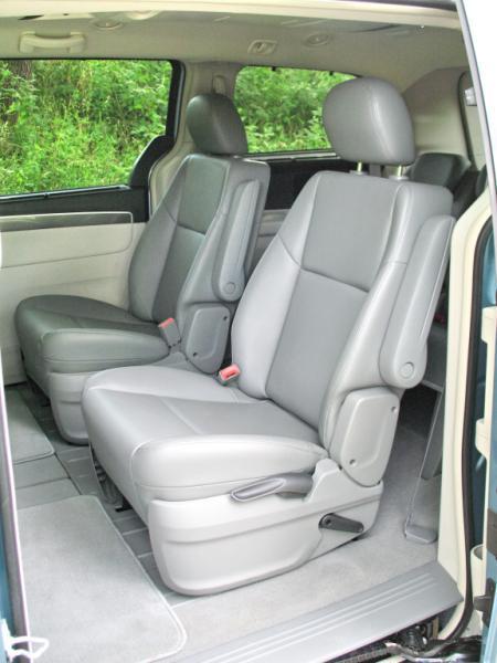 2012 Volkswagen Routan