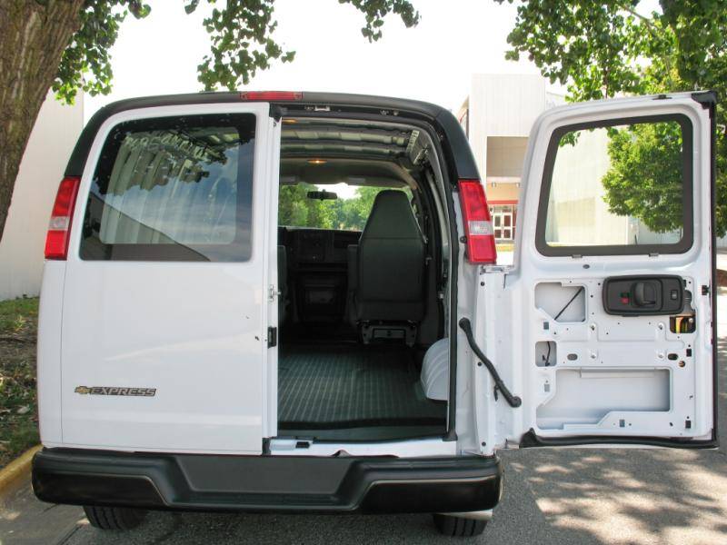 2016 CHEVROLET EXPRESS 3500 LT
